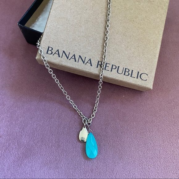BANANA REPUBLIC BLUE TEARDROP NECKLACE